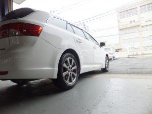 藤沢市T様より、トヨタアベンシスワゴンのタイヤ交換を承りました