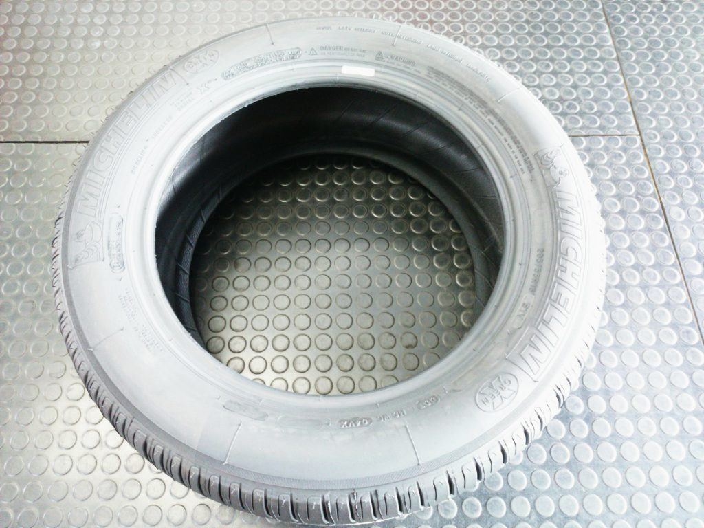 ミシュランタイヤの特徴をご紹介します|直送 持ち込み タイヤ交換専門店 タイヤフェスタ