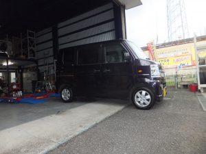 横浜市瀬谷区のH様、マツダ スクラムのタイヤ交換をしました。