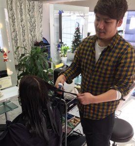 トモズヘアデザイン(Tomo's Hair Design)様で新感覚フローズントリートメント