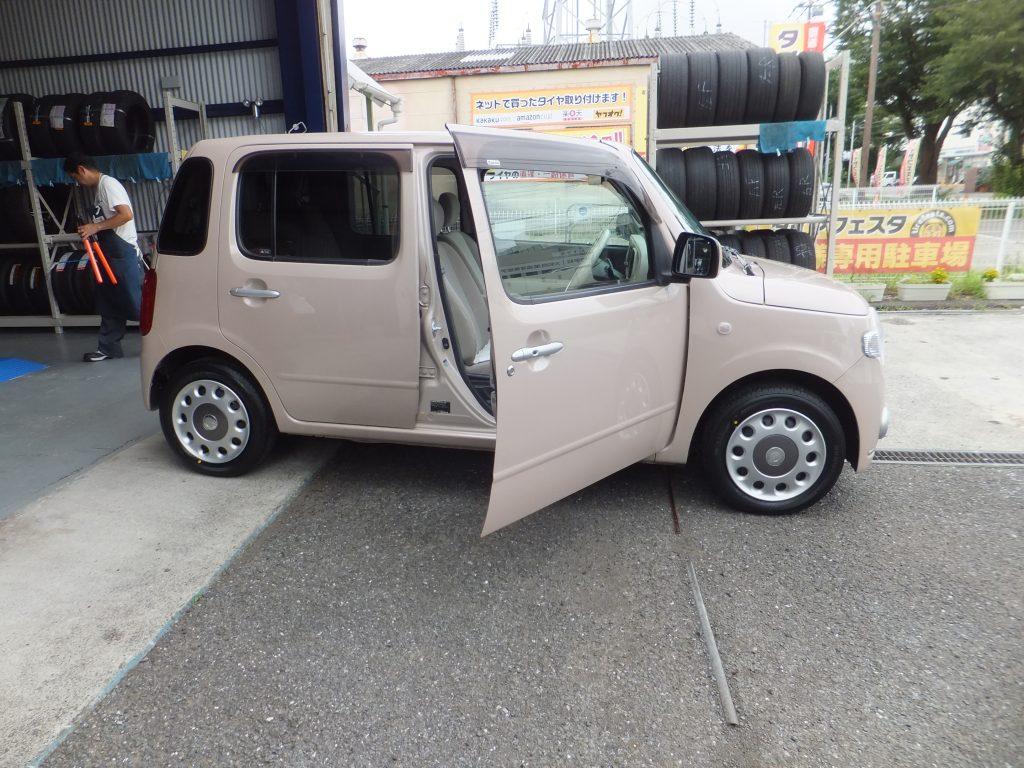 ダイハツミラココアオーナーの相模原市K様より、タイヤ交換を承りました。