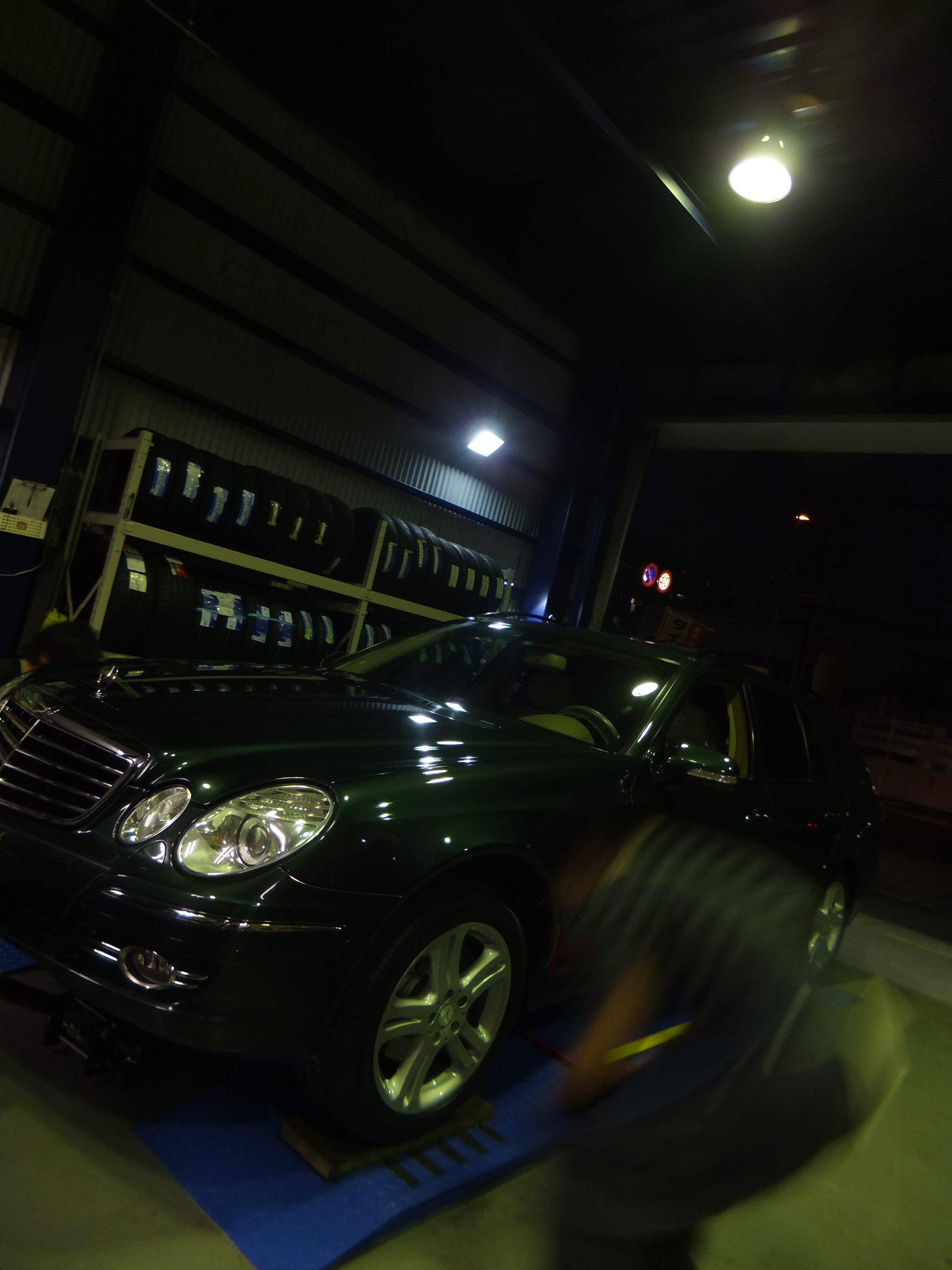横浜市T様 メルセデスベンツのタイヤ交換を承りました!