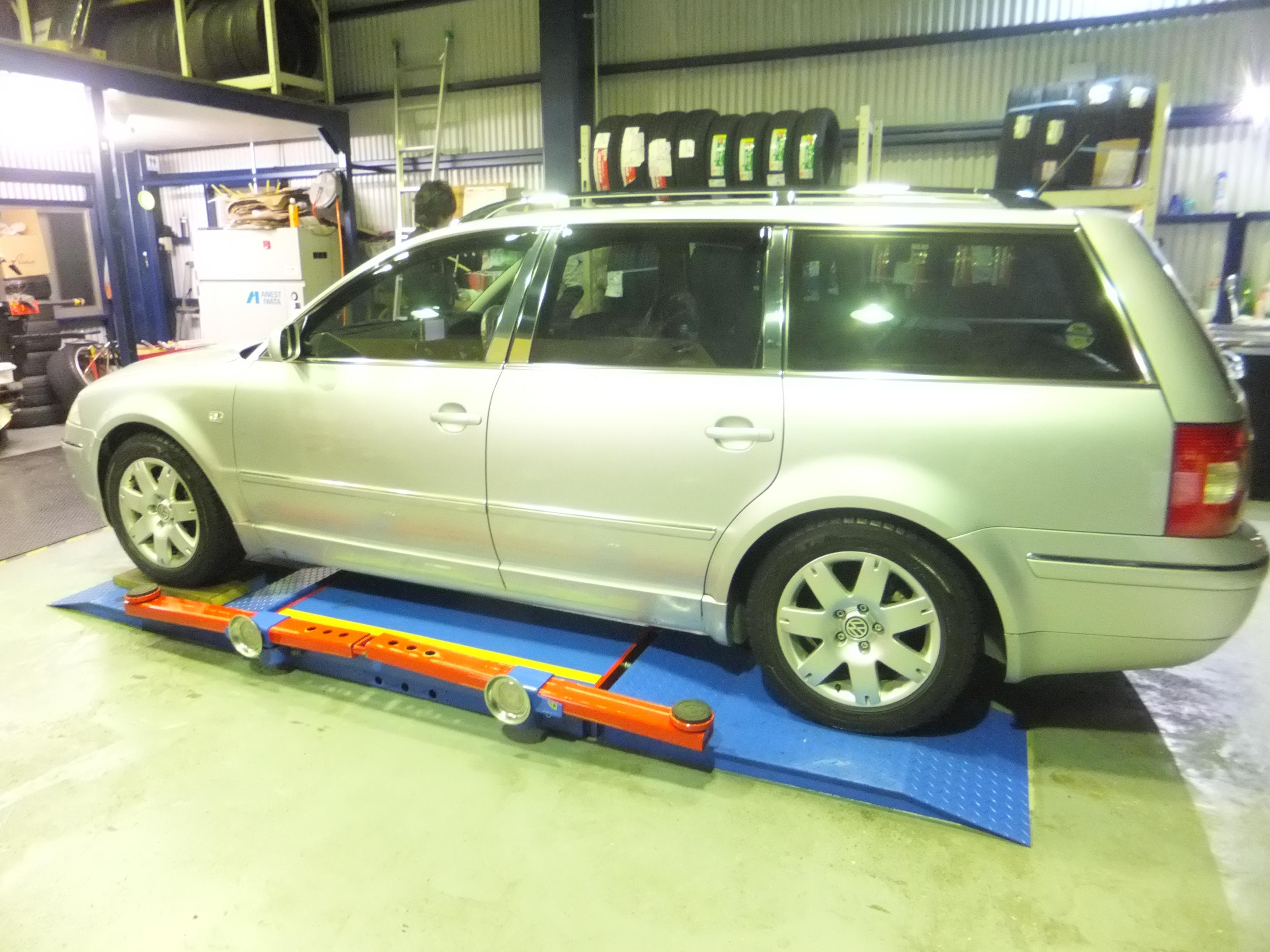 大和市T様VWパサートのホイール付きタイヤ交換を承りました!