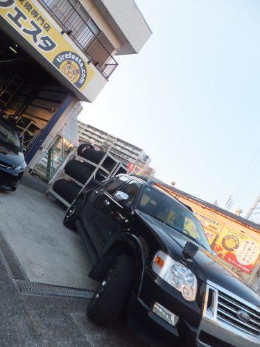 茅ヶ崎市K様 フォードエクスプローラーのタイヤ交換を承りました。