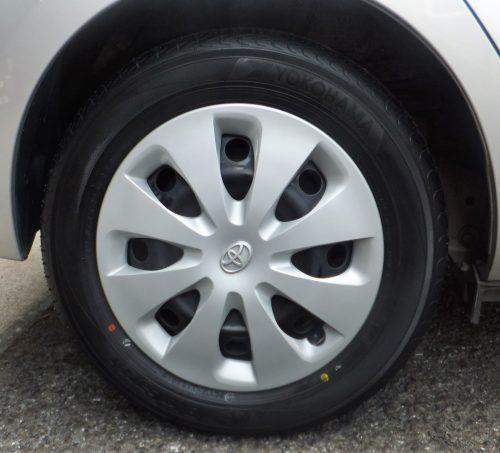 アクア タイヤ サイズ