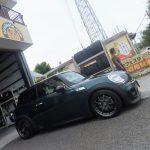 綾瀬市I様よりBMWミニのタイヤ交換を承りました!!