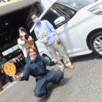 大和店♪綾瀬市 A様お得なコミコミセットで15,000円以上の節約!!日産デイズルークスのタイヤ交換♬スタッフとパチリ♪