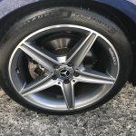 湘南平塚店♪リピーターの茅ヶ崎市 M様 メルセデスベンツ C200のタイヤ交換を承りました♪決め手は「家が近いから、タイヤが直送できるから」