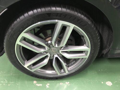 湘南平塚店♪平塚市K様アウディSQ5のタイヤ交換を承りました♪「ネットでタイヤを購入して¥30,000以上お得に」!