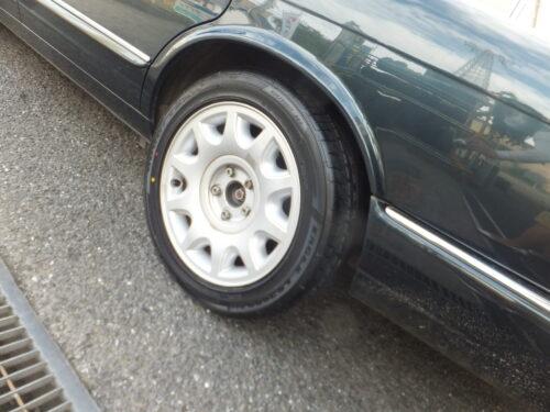 大和店♪大和市H様よりジャガーXJのタイヤ交換を承りました♬「30,000円以上の節約」♪