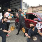 2021-06-07 13.29.12大和店♪リピーターの横浜市T様 トヨタCH-Rのタイヤ交換でスタッフとパチリ♪