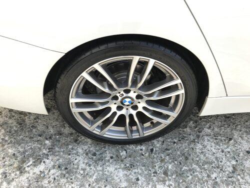 湘南平塚店♪平塚市T様 BMW320iのタイヤ交換を承りました♪ネットでタイヤを購入して¥30,000以上の節約!!