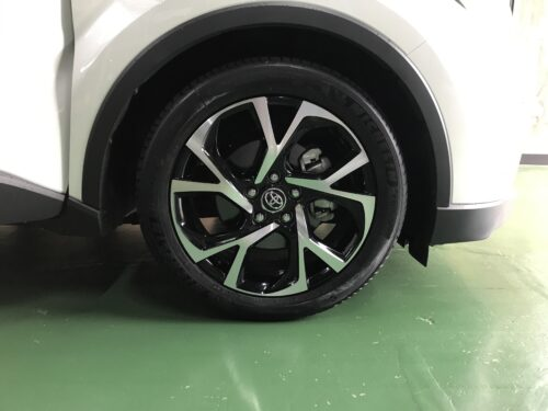 湘南平塚店♪藤沢市 S様 トヨタ C-HRのタイヤ交換を承りました♪ネットでタイヤを買って¥20,000~¥30,000の節約!!