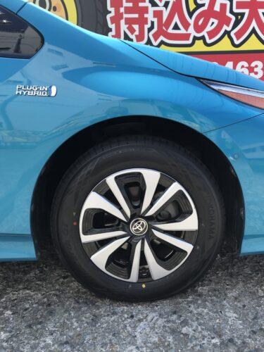 湘南平塚店♪平塚市Y様 トヨタプリウスのタイヤ交換を承りました♪ネットでタイヤを購入して¥15,000~¥20,000の節約!