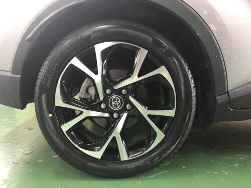 湘南平塚店♪藤沢市 S様 トヨタ C-HRのタイヤ交換を承りました♪ネットでタイヤを購入して¥30,000以上の節約!